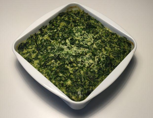 Laks i stuvet spinat