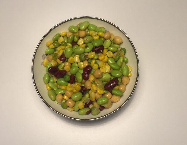 Bønnemix – nem og mættende salat